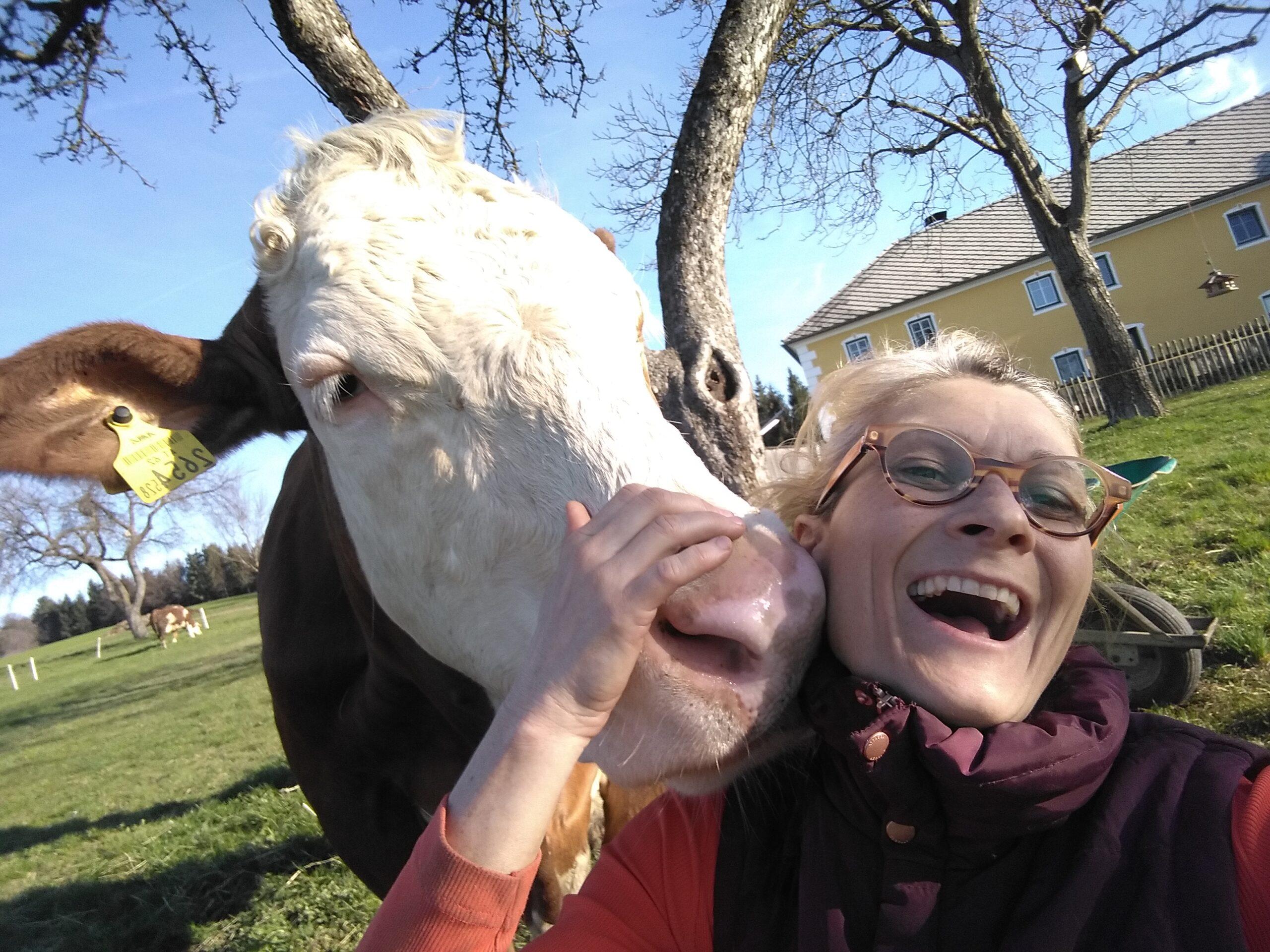 Sophia und GERTI happy cows